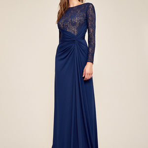Antonina Long-Sleeve Lace Gown